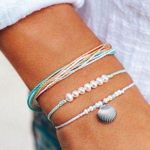 pura vida pearl and shell set!